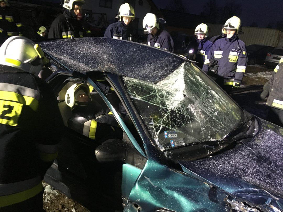 Ćwiczenia strażaków OSP Sulęczyno